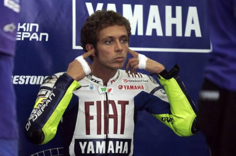 Valentino Rossi se prepara para iniciar la segunda y última jornada de test en Malasia. El italiano ha demostrado que la Yamaha es la moto más equilibrada en este inicio de pretemporada.