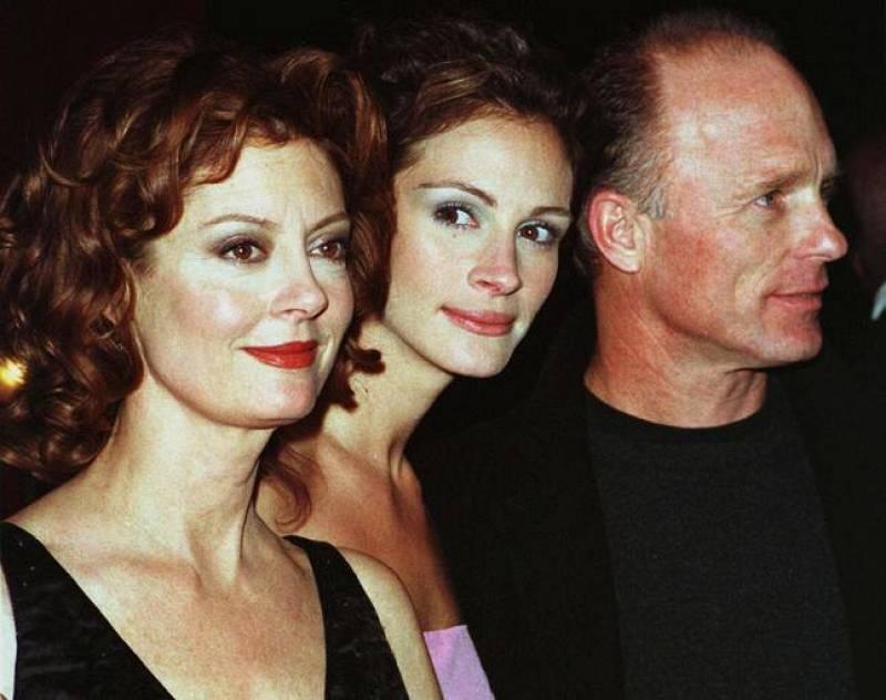 Susan Sarandon, Ed Harris y Julia Roberts, en la presentación de 'Quédate a mi lado' (1998)