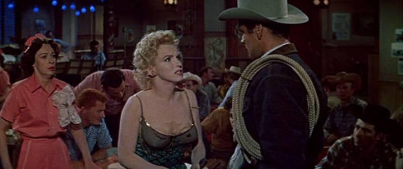 Fotograma de Marilyn Monroe, Eileen Heckart y Don Murray del trailer de la película 'Bus Stop', 1956.