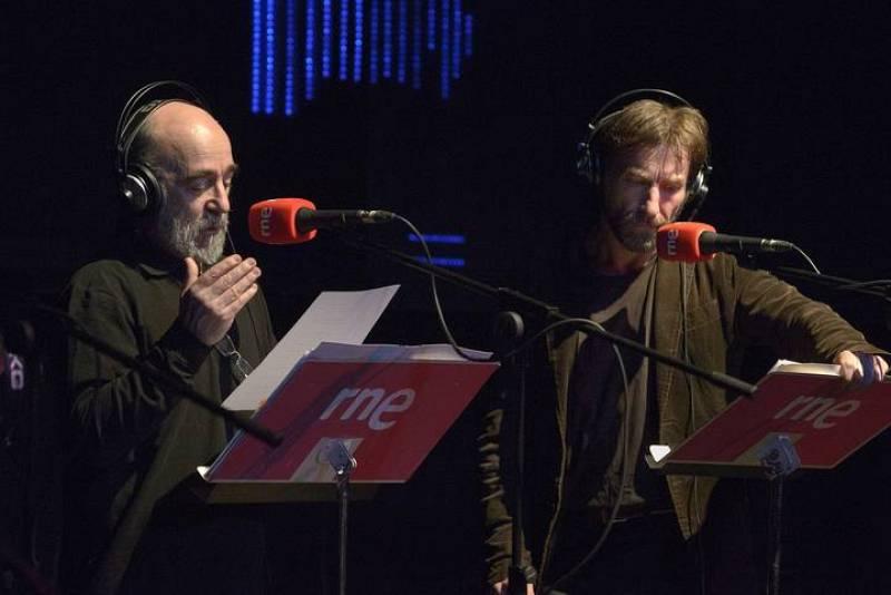Álex Angulo y Antonio de la Torre representan otra escena de 'Blade Runner'