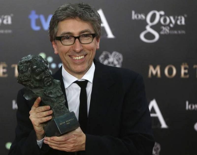David Trueba, en el backstage con el Goya a la Mejor Película.