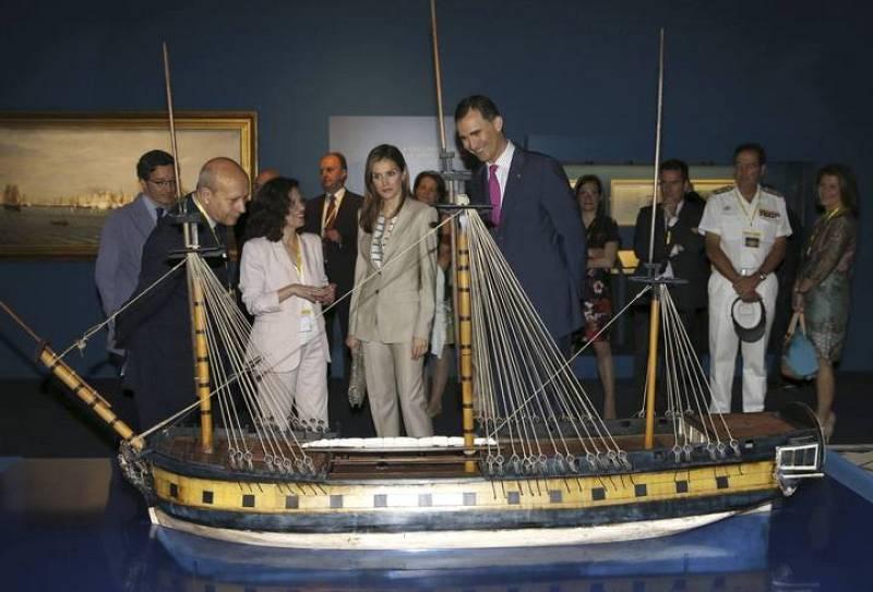 """Los Principes de Asturias, en la inauguración de la exposición """"El último viaje de la fragata Nuestra Señora de las Mercedes"""""""