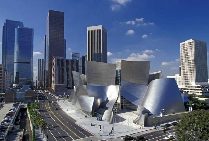 Frank Gehry, Walt Disney Concert Hall, Los Ángeles, California, 1989-2003