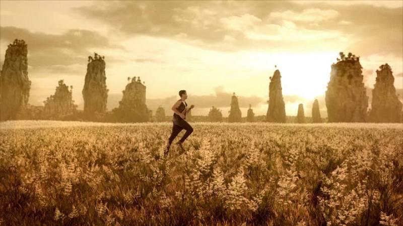 Las mejores imágenes del videoclip 'Amanecer'