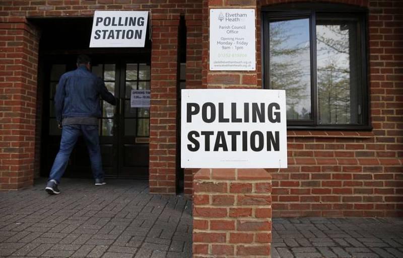 40.000 colegios electorales han abierto sus puertas para las votaciones en todo el Reino Unido
