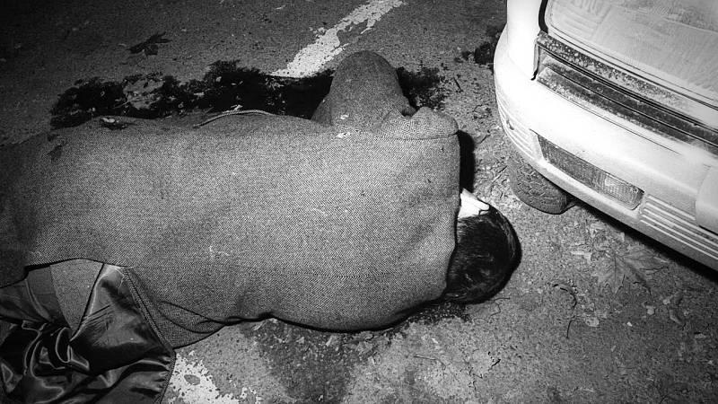 En la imagen el asesinato del Comandante de la Policía Armada, Joaquín Imaz