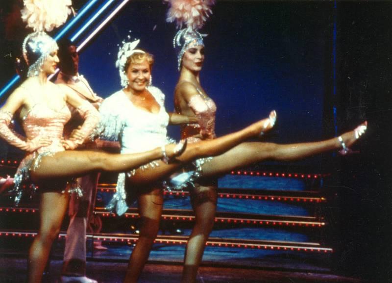 Lina Morgan bailando en una imagen de diciembre de 1990