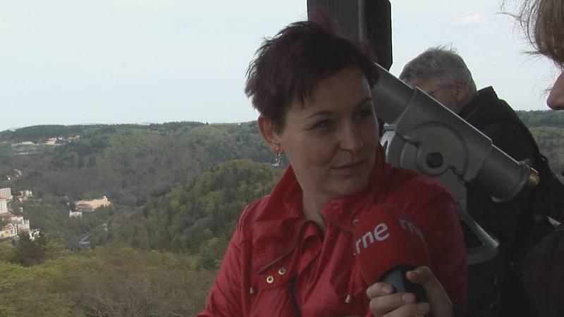 Subimos hasta el mirador de Diana para echar un vistazo aéreo al valle de Karlovy Vary.