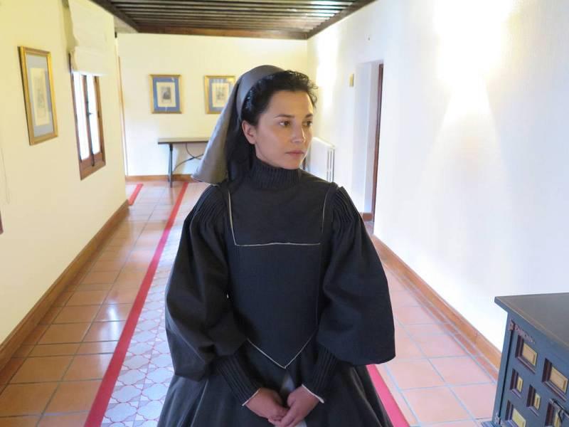 Imagen de Marian Álvlarez durante el rodaje de 'Teresa'. La tv movie se ha rodado en Ávila, Soria, Alcalá de Henares y El Escorial.