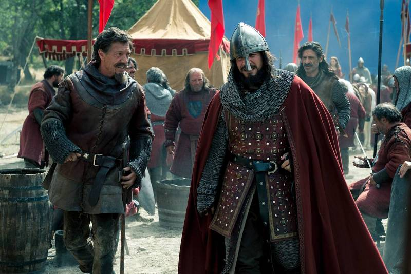 Spínola y Alonso conocen a El Cid Campeador en una misión en el siglo XI
