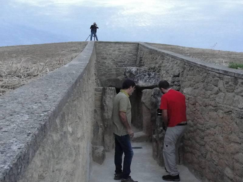 Rodaje en el dolmen de Viera