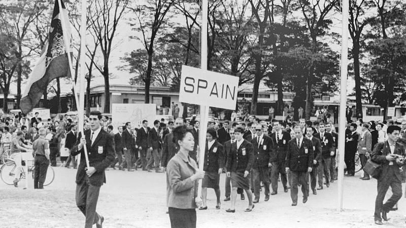 Eduardo Dualde, abanderado en Tokio en 1964