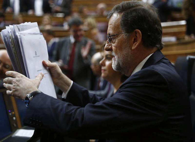 El presidente del Gobierno en funciones, Mariano Rajoy, en su escaño del hemiciclo.