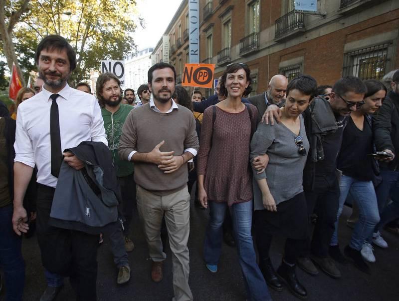 Manifestación contra la investidura