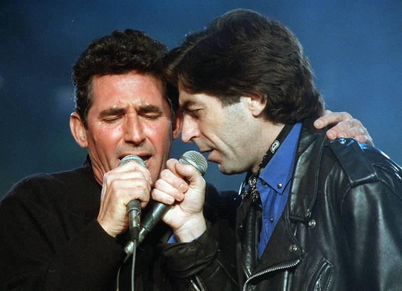 Joaquín Sabina y Miguel Ríos comparten escenario en Madrid