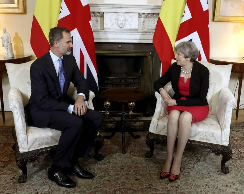 El rey Felipe VI se reúne con Theresa May