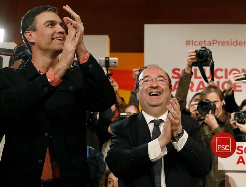 Miquel Iceta, acompañado de Pedro Sánchez en el mitin celebrado en Tarragona