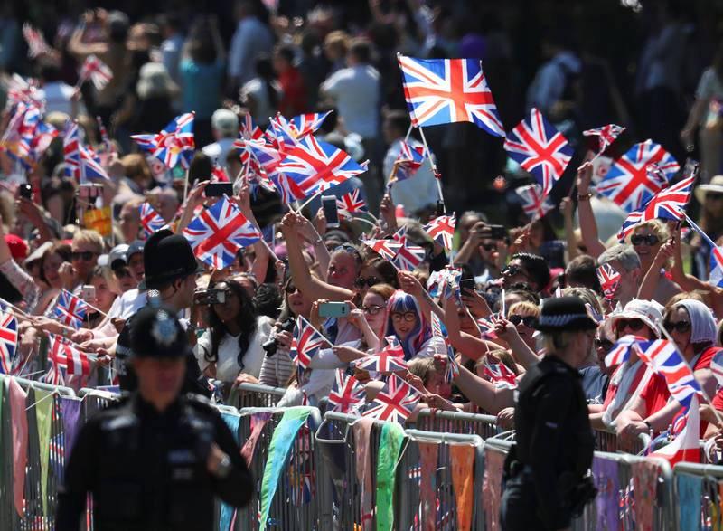 La gente sigue con mucha expectación la boda del príncipe Enrique y Meghan Markle