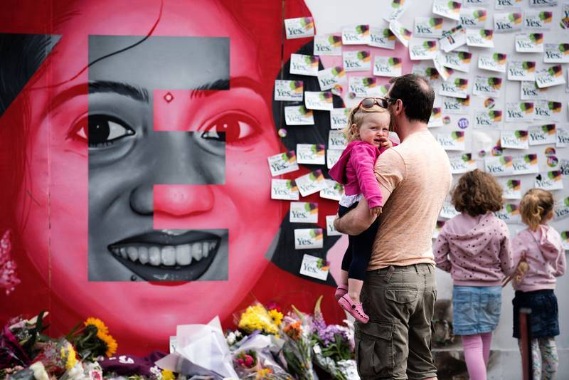 Un homenaje en la calle Camden de Dublín a Savita Halappanavar