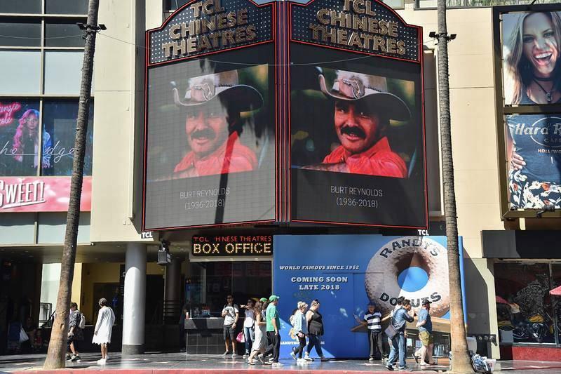 La vida de Burt Reynolds, en imágenes