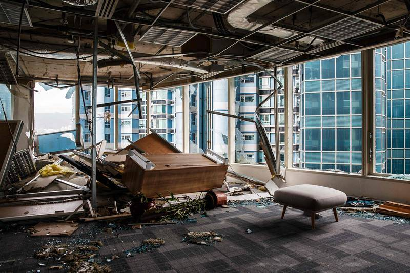 Daños en los rascacielos de Hong Kong