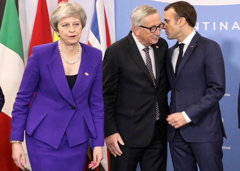 Reunión de Juncker, Macron y May