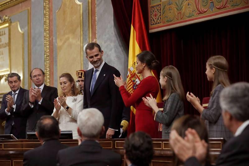 Felipe VI cierra el solemne acto de conmemoración del 40º aniversario de la Constitución