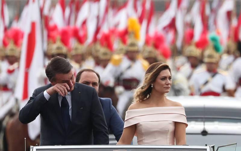 El ultraderechista Jair Bolsonaro en su recorrido hacia el Congreso para la toma de posesión