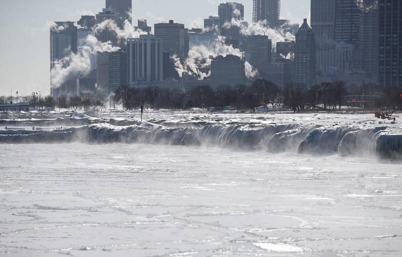 Continúa la ola de frío polar en EE.UU.
