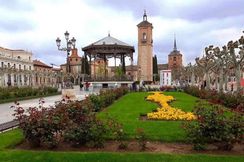 Plaza de Cervantes.