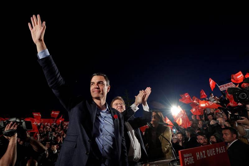 Pedro Sánchez cierra la campaña con Ximo Puig en Valencia