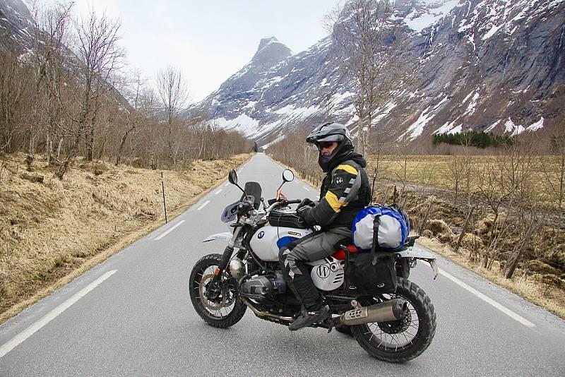Miquel Silvestre, en una 9ª Temporada que recorre las Carreteras Extremas de Marruecos y Noruega