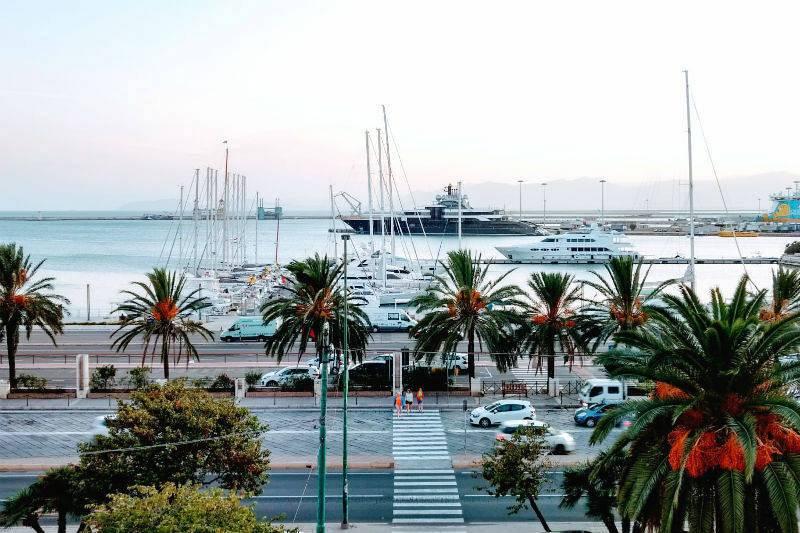 Puerto de Cagliari.