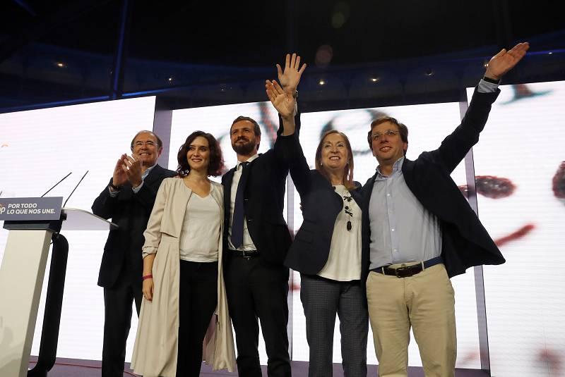 Casado cierra la campaña del PP en Madrid