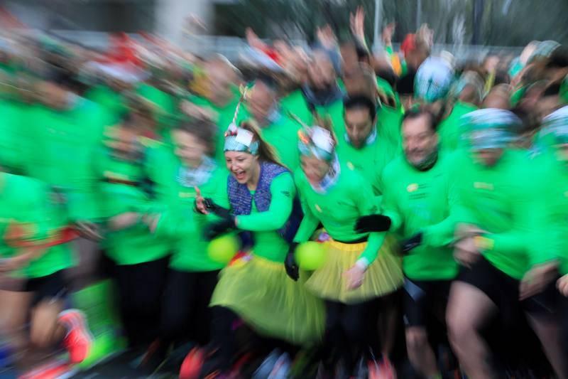 Más de 42.000 corredores despiden el año en la San Silvestre Vallecana