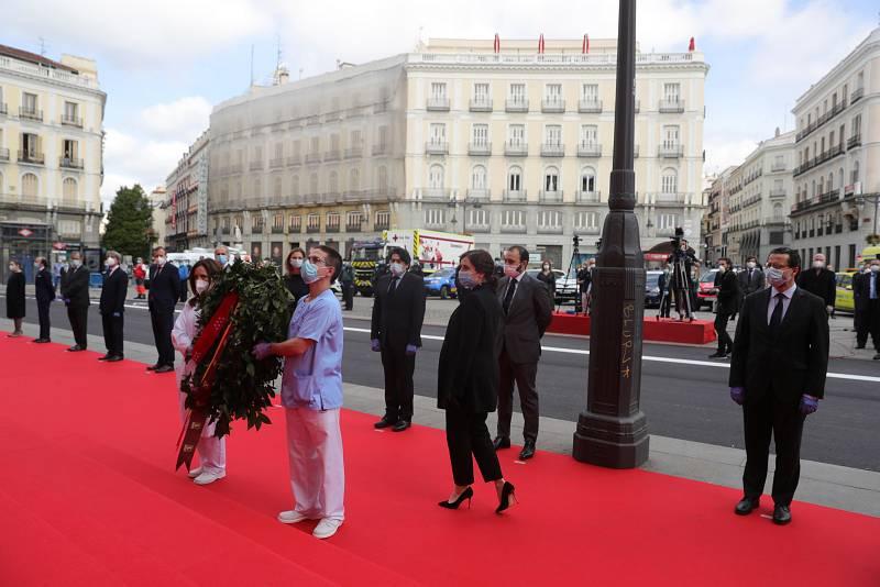 Imagen: La Comunidad de Madrid homenajea este Dos de Mayo a los héroes que han luchado contra el COVID-19