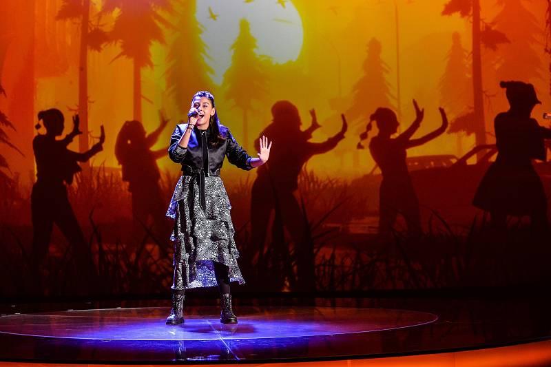 Susan de Alemania interpreta 'Stronger with you'