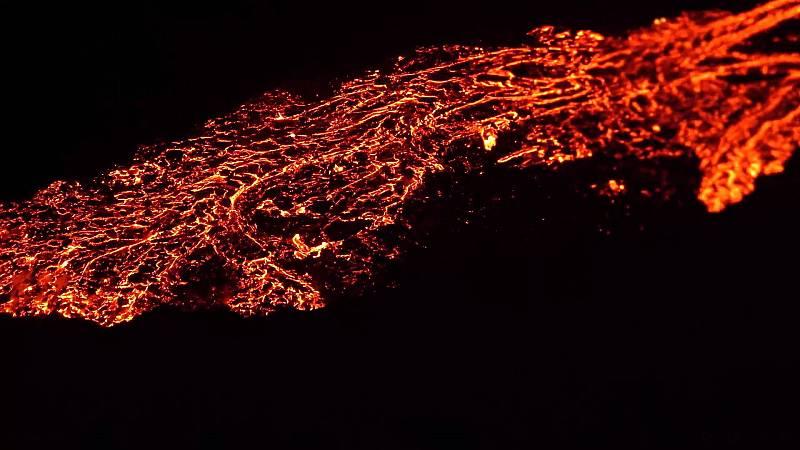 La erupción, que comenzó en Fagradalsfjall, situada en Geldingadalur a unos 40 kilómetros de la capital islandesa.
