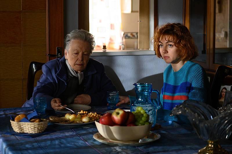 Herminia y María en casa