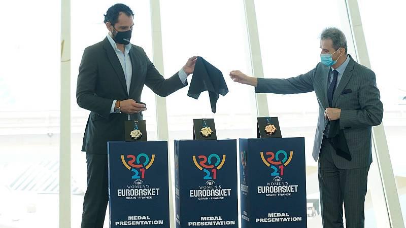 Jorge Garbajosa presenta las medallas del Eurobasket
