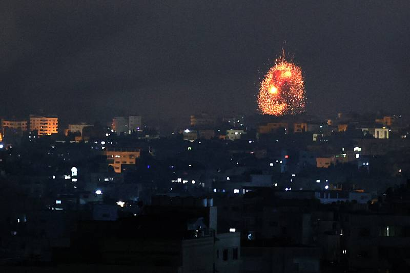 Bombardeo sobre Beit Lahia, Gaza. MOHAMMED ABED / AFP