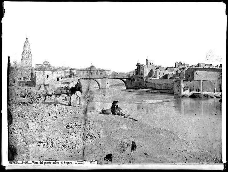 Puente sobre el Segura en Murcia por Juan Laurent y Cía.