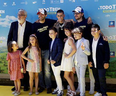 Santiago Segura Dispuesto A Llenar Los Cines Con A Todo Tren Destino Asturias