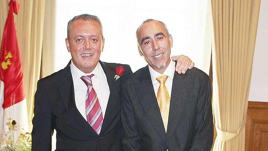 Gerardo López (i) y Juan Carlos Andrés se casaron en agosto de 2006 en Zamora