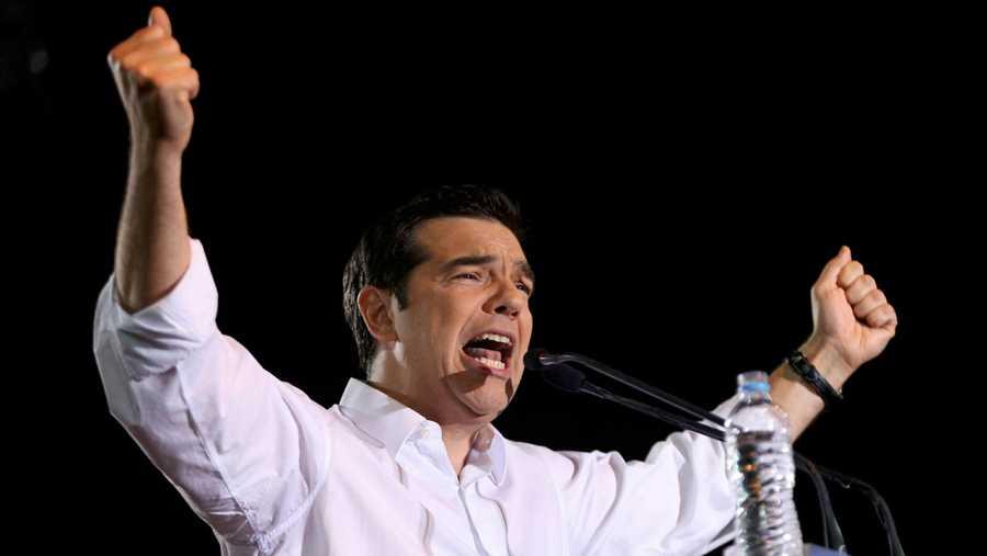 Tsipras durante su intervención en la Plaza Syntagma