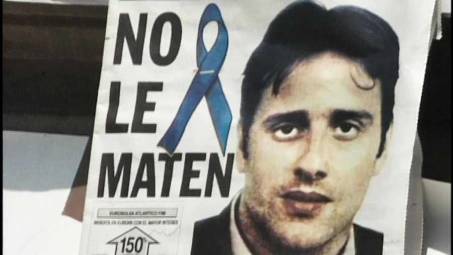 Cartel en memoria de Miguel Ángel Blanco, víctima de ETA