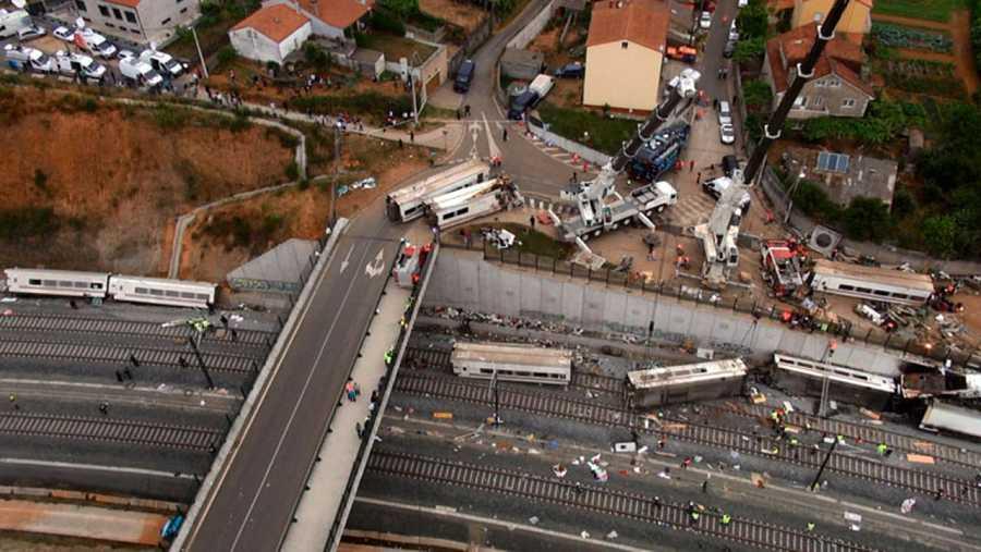 Vista aérea de la curva de Angrois, donde se produjo el siniestro en 2013.
