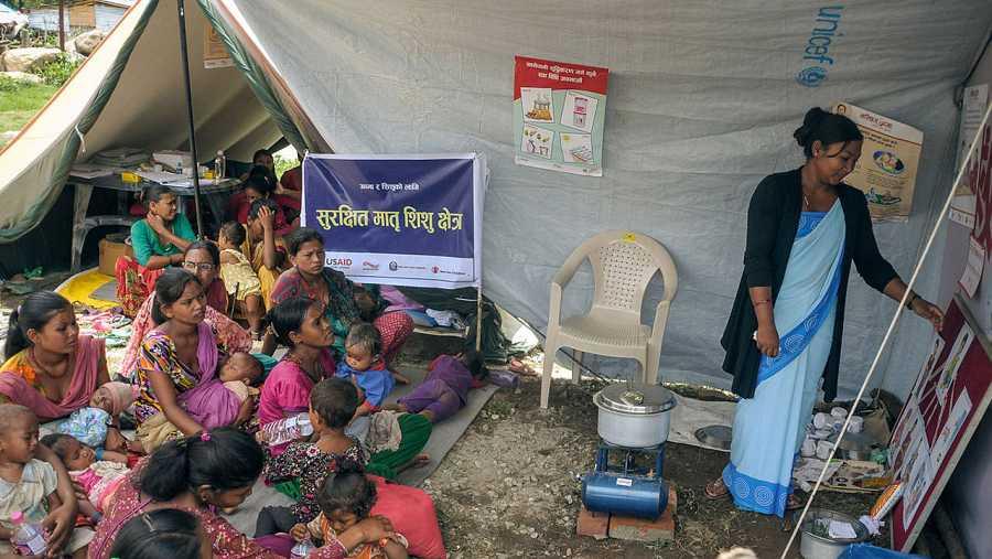 Un centro de atención primaria en un pueblo en el centro de Nepal