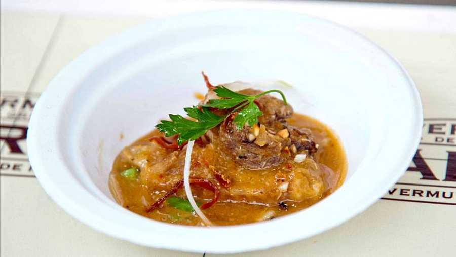 Pollo de sobrarbe al chilindrón, La Vermuneta, en Aínsa