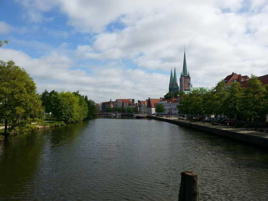 Lübeck desde el río Trave